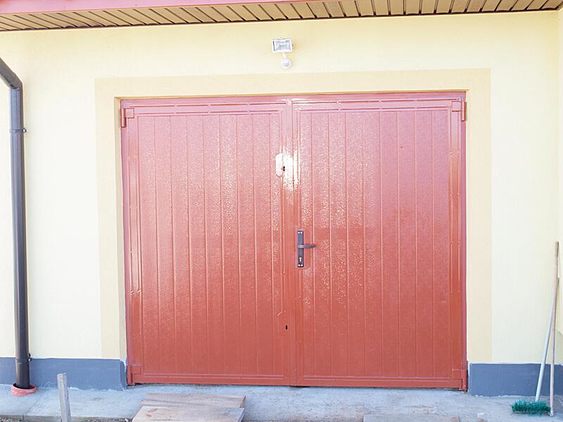 drzwi do hal i magazynów